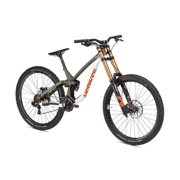 """NS Bikes Fuzz 1 29"""" DH Expert"""